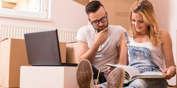 couple planning house moving